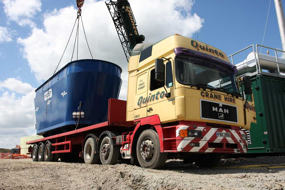 Quinto Crane & Plant Transport Services