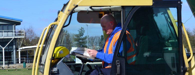 Quinto Crane Operator Rob Paul